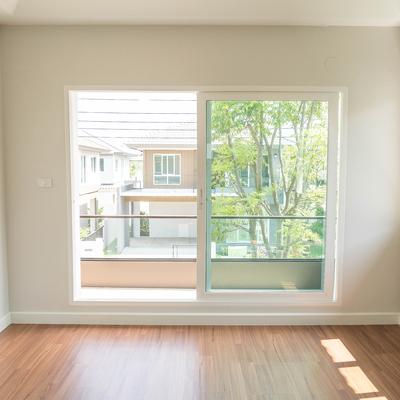 Cambiar cristales (puertas y ventanas)
