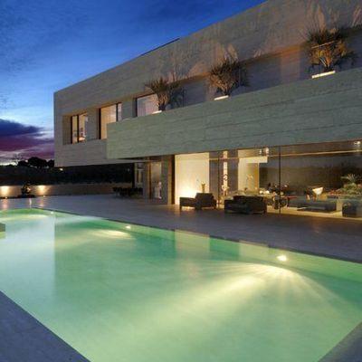 Iluminar piscina