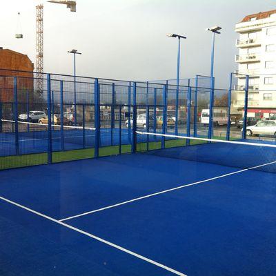 Construcción de cancha de pádel o tenis