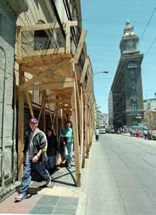 Construye andamios provisorios