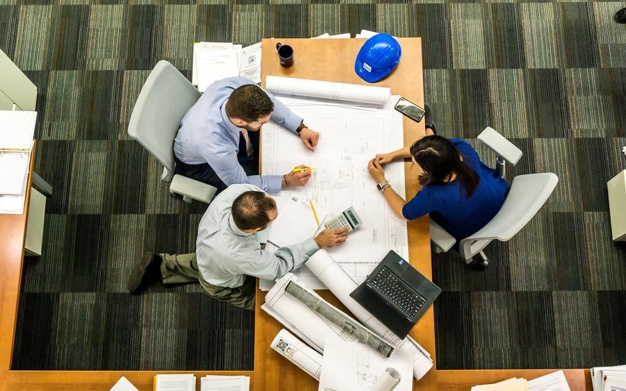 ¿Cuánto cuesta remodelar una oficina?