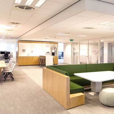 Oficinas con zona de descanso