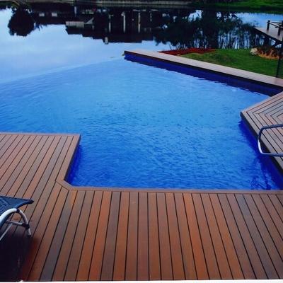 Consejos y precios para la construcci n de piscinas for Piscina infinita construccion