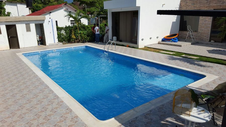 Consejos y precios para la construcci n de piscinas for Piscina 5 metros diametro