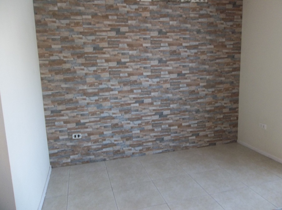Foto revestimiento de roca en muro interior de ideas y - Revestimiento de piedra interior ...