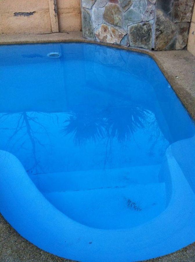 Foto recuperaci n de agua piscinas de mantencion de for Vaciado de piscina