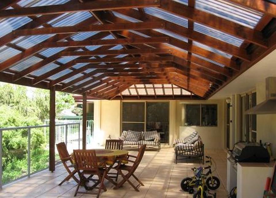 Foto cobertizos techos de logia santiago y quinta for Cobertizo de madera ideas de disenos
