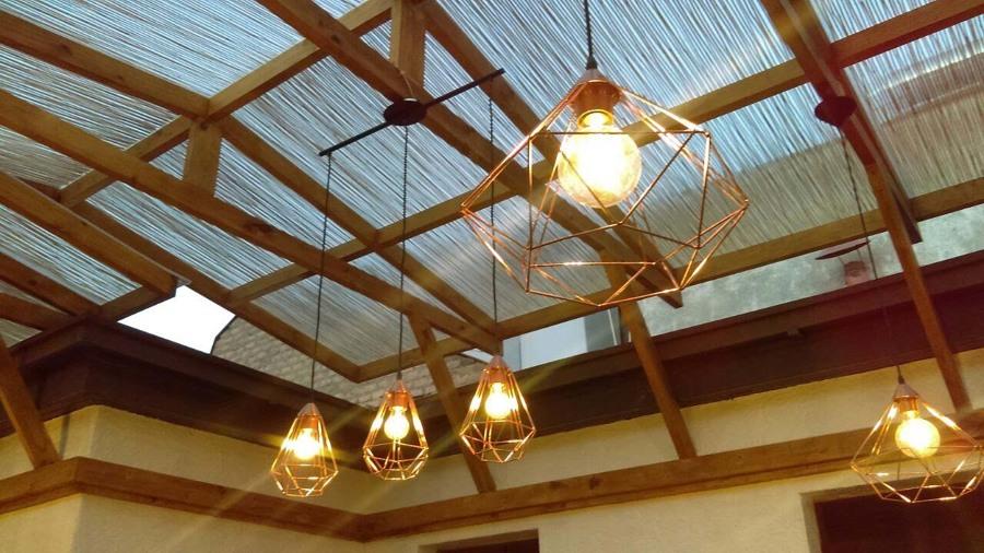 Techo en policarbonato bambú