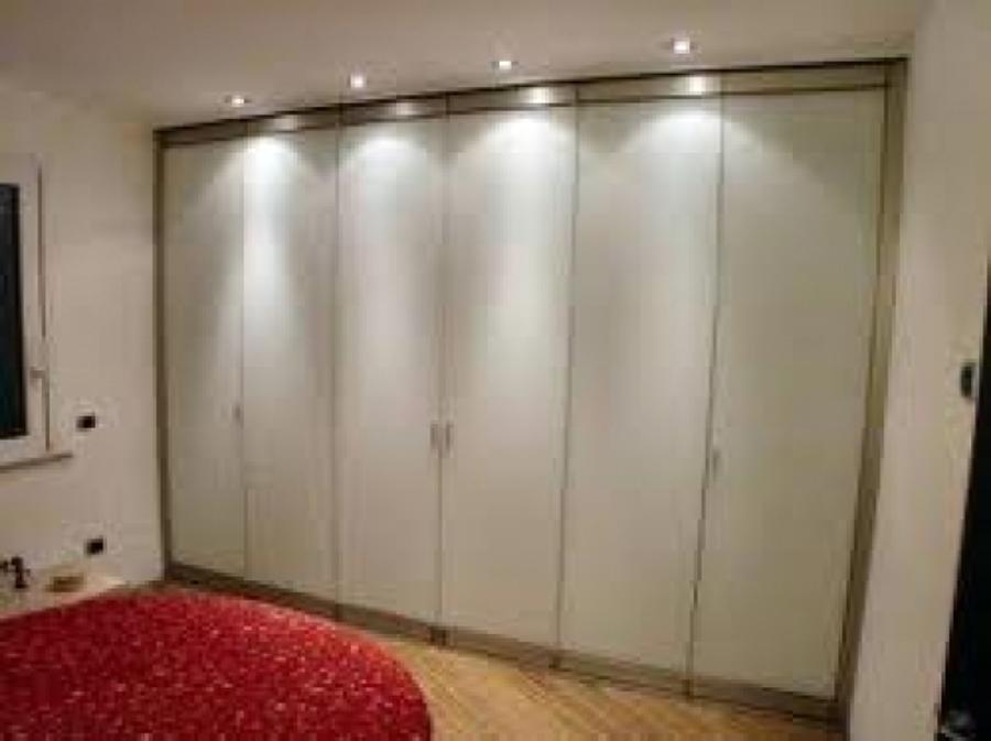 Foto closet de ibm muebles 10814 habitissimo for Como hacer un closet moderno