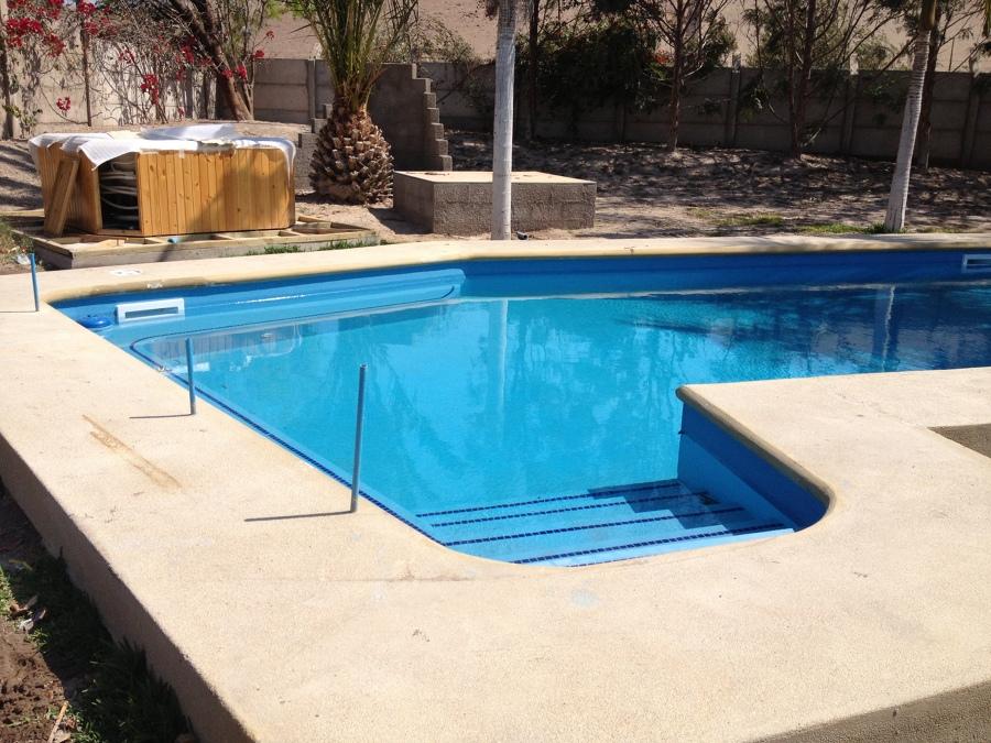 Foto construcci n de piscina de jose colina campos 55655 for Construccion de piscinas en santiago