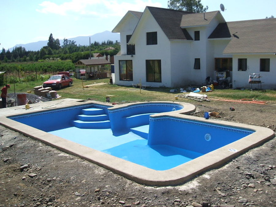 Foto piscina 10x5 con piscina chica de agua de for Piscinas estructurales chicas