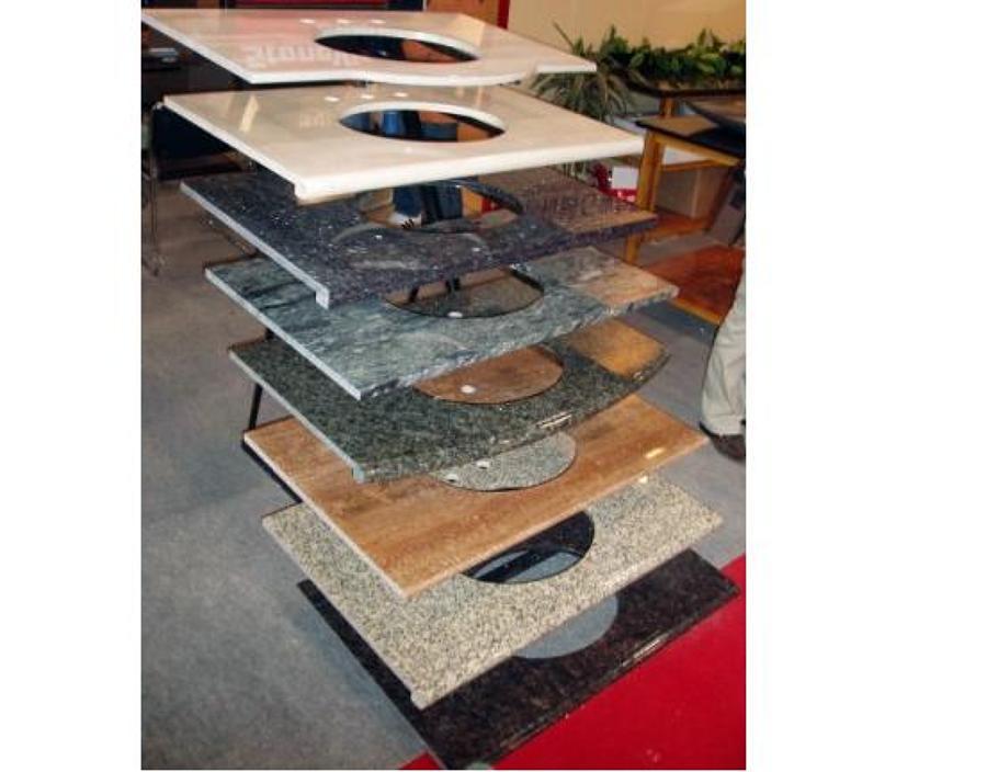 foto exhibidor de cubiertas en diferentes tipos de