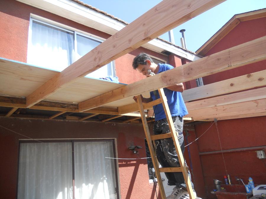 Foto fabricacion de cobertizo en madera de mantenciones for Cobertizos de casas