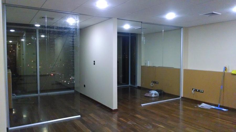 Foto construccion oficinas de inditec soluciones for Construccion oficinas