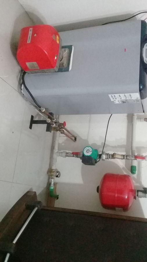 Caldera a petroleo y sistema hidraulico