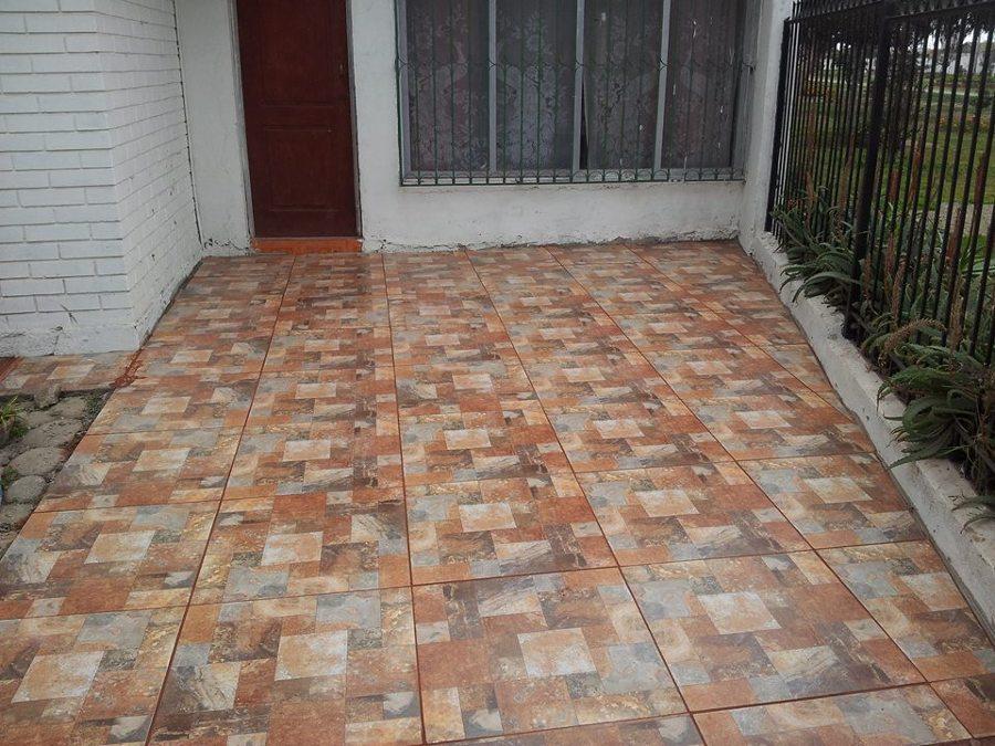Foto instalaci n de pisos ceramicos de alikanto y for Pisos para porches