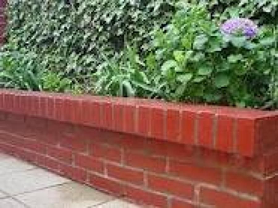 Foto jardinera de ladrillo de constructora aransa 45047 for Jardineras para patio casa