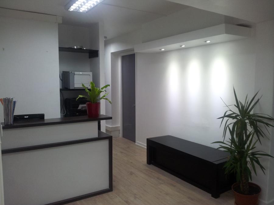 Oficinas corporativas Lanzatesolo, Providencia.