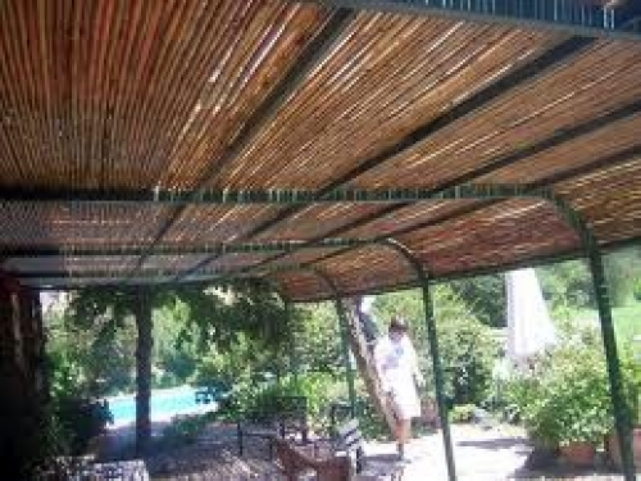 Foto pergola de bambu de inproneg e i r l 14646 habitissimo - Pergolas de bambu ...