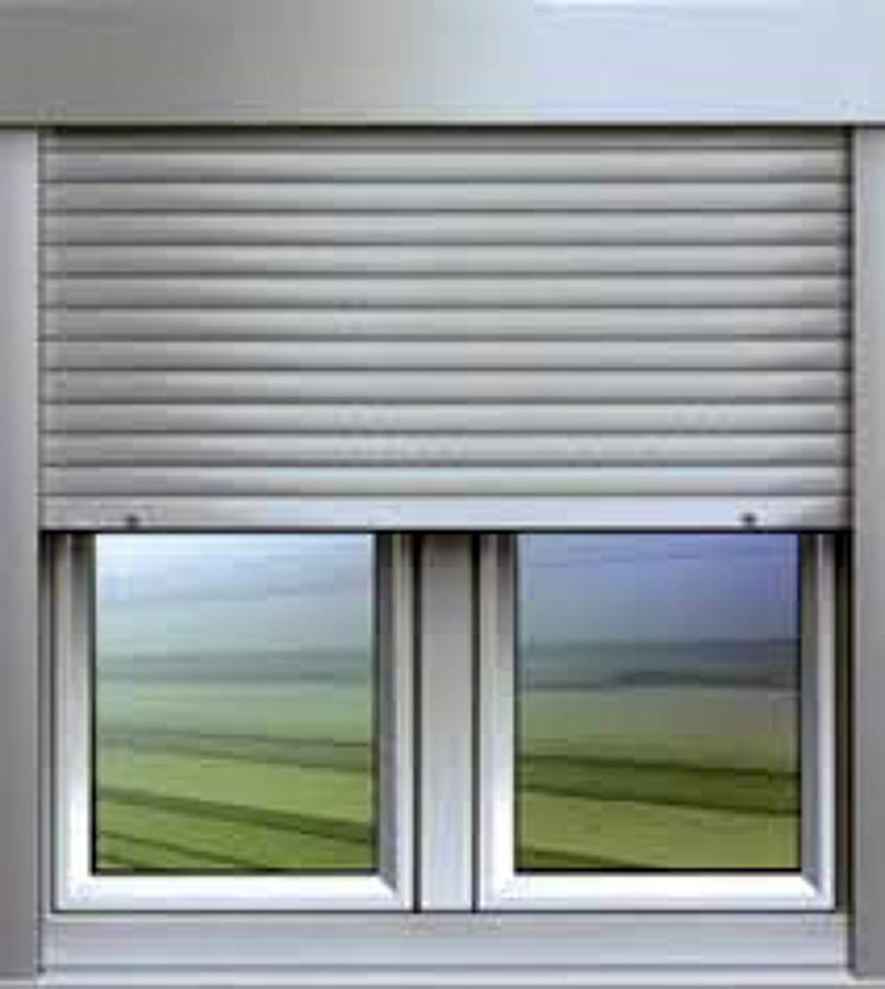 foto persianas de exterior con motor de aluminio de