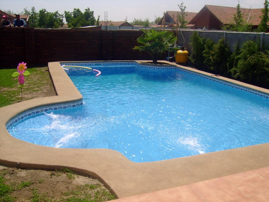 Modelo de piscinas cool diseo d de piscina con gradas for Modelos de piscinas artesanales