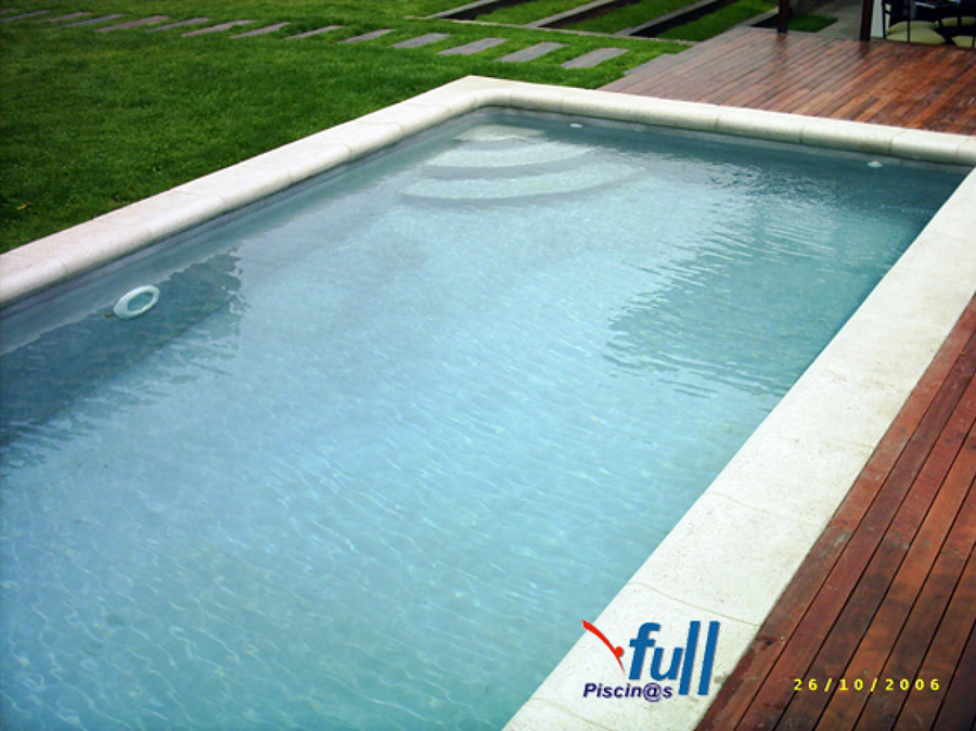 Foto piscina rectangular de 6 x 3 de piscinas renato for Piscinas de plastico rectangulares