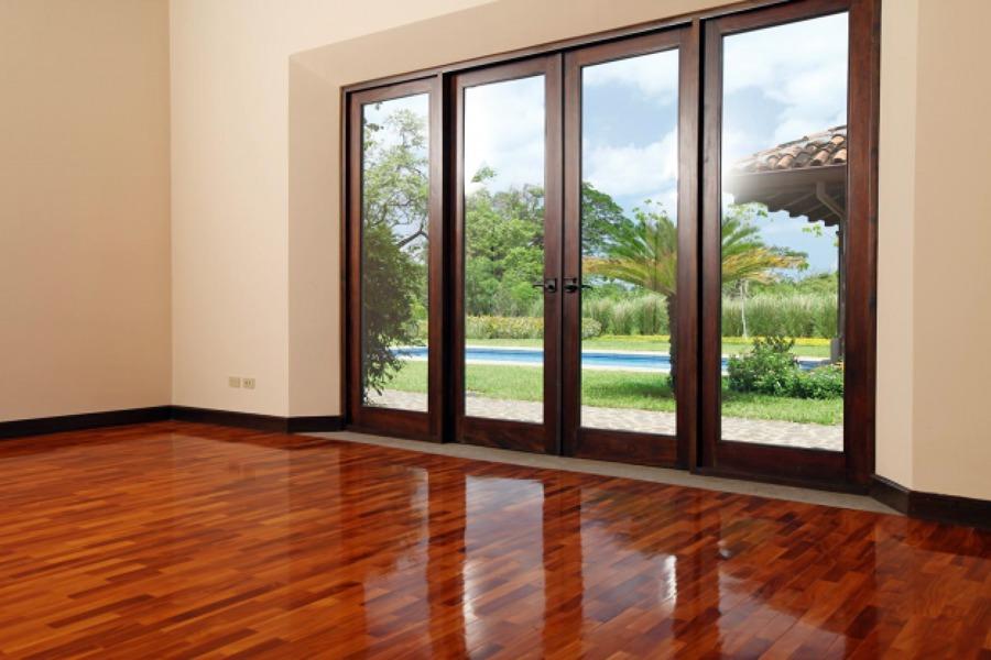 Foto puerta de aluminio de diglass 21858 habitissimo for Puertas de terraza de aluminio