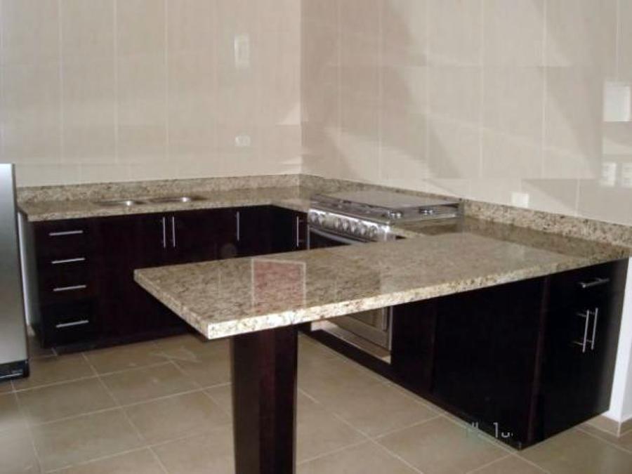 Foto remodelacion cocina de decomarmol 7654 habitissimo for Cocinas enchapadas