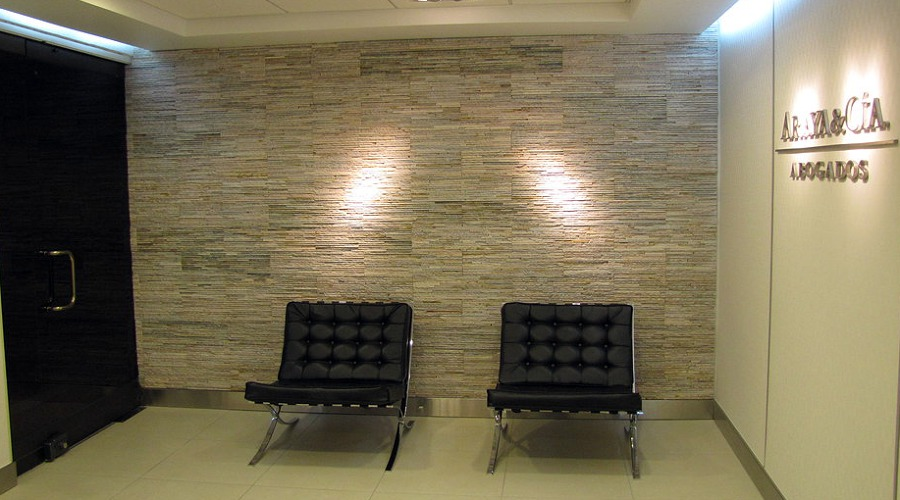Foto remodelaci n oficina de abogados de sepulveda y - Despacho en casa decoracion ...