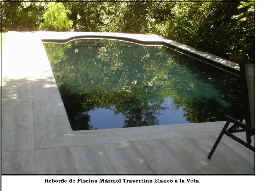 Foto revestimiento de borde de piscina de cs marmoles - Revestimientos de piscinas ...