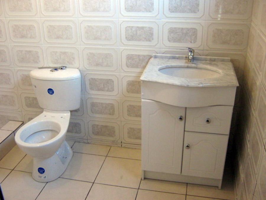Foto sala de ba o de m y l construcciones 4120 habitissimo for Fotos de salas de bano
