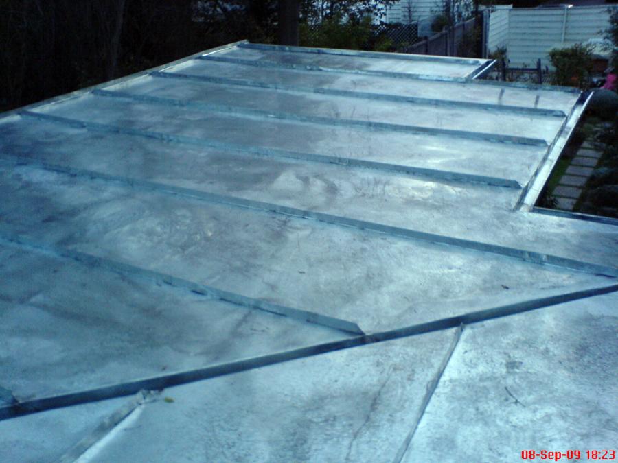 Foto techo amricanoen casa sin pendiente de agua de for Casa techo 1 agua