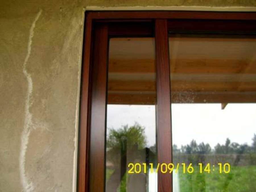 Foto ventana color madera de vidrios y aluminios 17074 for Ventanas pvc color madera