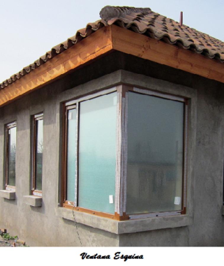 Foto ventana esquina de empresa constructora la romana for Modelo de casa esquinera