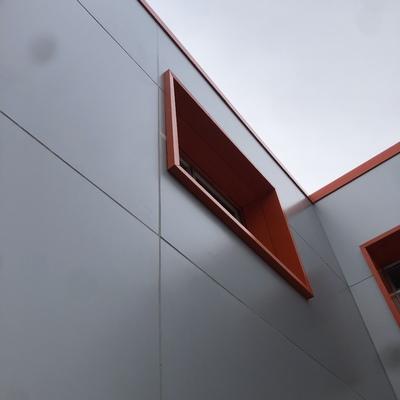 Revestimiento fachada Alumino compuesto