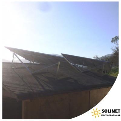 Proyecto realizado en Bosques de Miraflores por Solinet Electricidad Solar.☀️