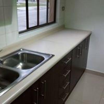 Instalación lavaplato doble
