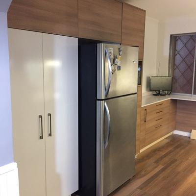 Cocina envolvente refrigerador