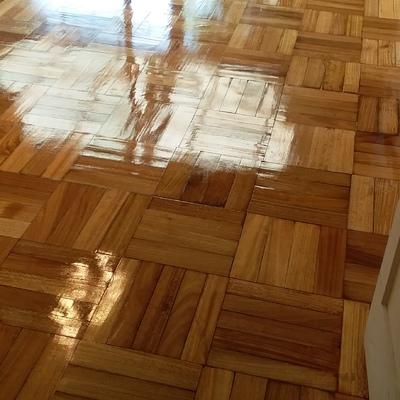 piso de eucalipto terminado