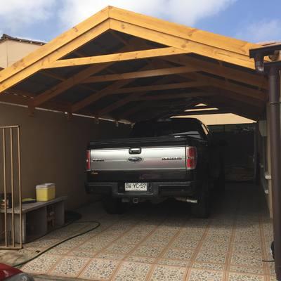 Construcción cobertizo estacionamiento