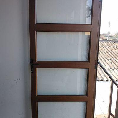 Puerta de acceso techumbre