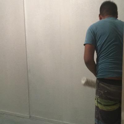 Instalación yeso y pasta muro