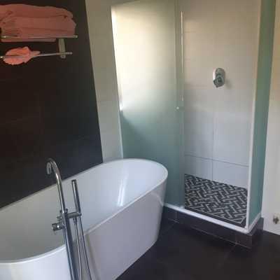 shower con base
