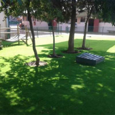 200m2 de pasto sintetico 25mm en Colegio Conchali