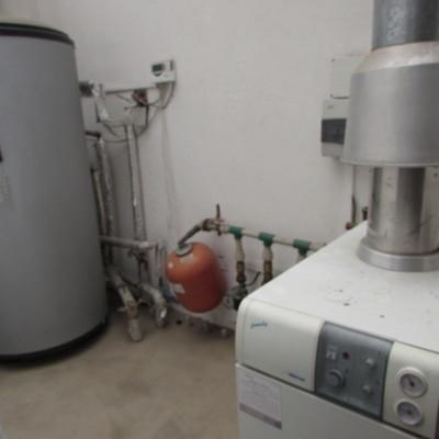 Caldera de Piso para sistema solar con conexión a estanque acumulador sanitario
