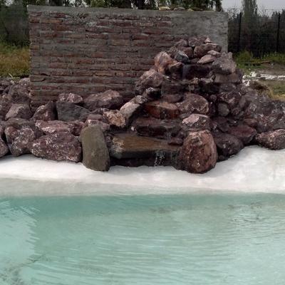 construccion de isla en piscina