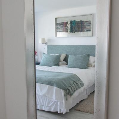 Decoración dormitorio principal.
