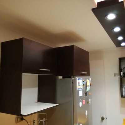 Mueble aéreo para microonda y cajones con puertas horizontales
