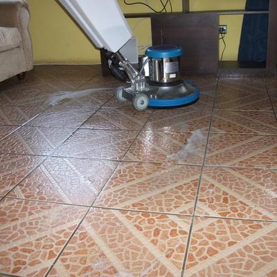 Limpieza de pisos cerámico