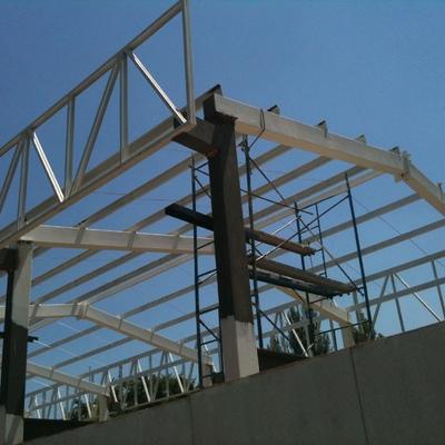 Estructura de hierro para casas cool casas con panel - Estructura metalicas para casas ...
